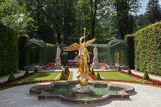 Western Parterre Fama, the Goddess of Fame Linderhof Palace Germany 12230