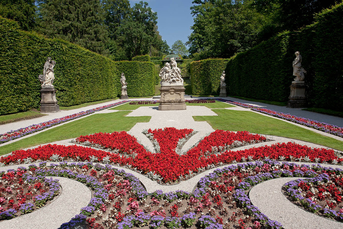 Eastern Parterre Flowerbeds Sculptures Linderhof Palace Germany 12253