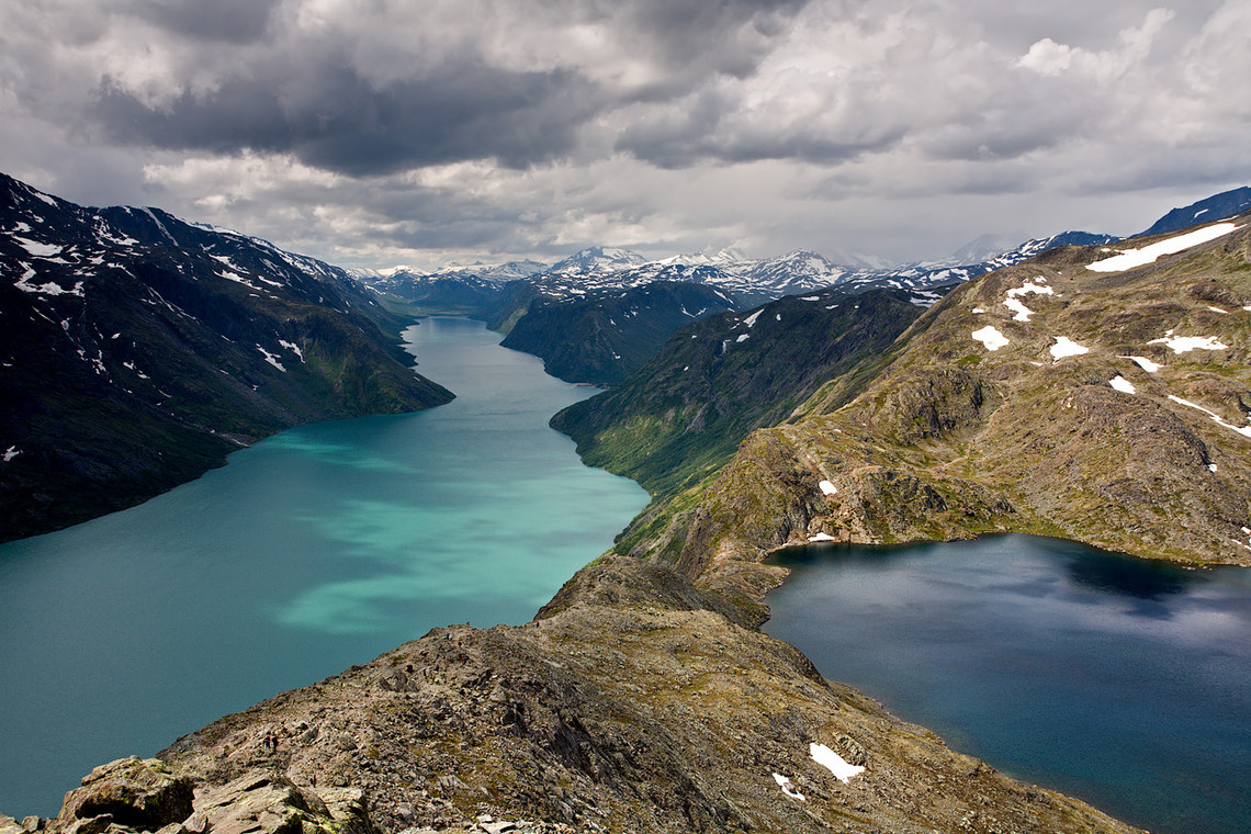 Bessegen Ridge Trail Lakes Gjende Bessvatnet Jotunheimen National Park Norway 13192